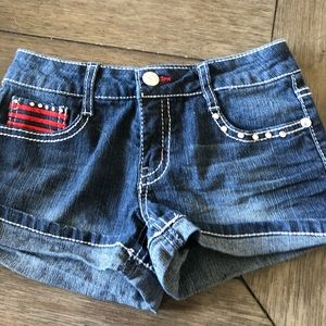 Other - ⭐️2 for $19. Cute little girl shorts size 8.